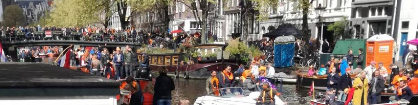 Drukte op de Amsterdamse Grachten