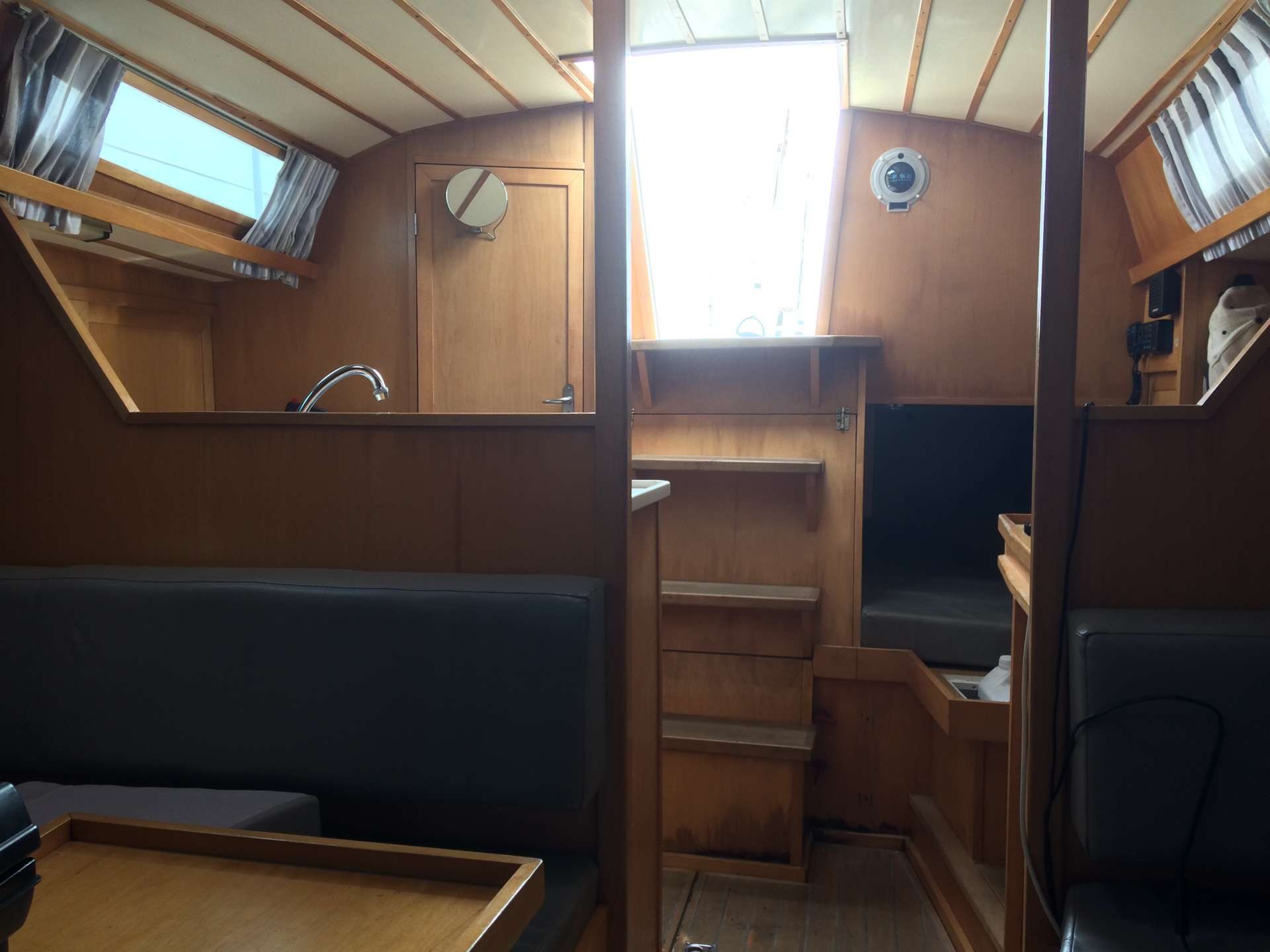 Very nice and comfortable sailer in the most beautiful national park of The Netherlands