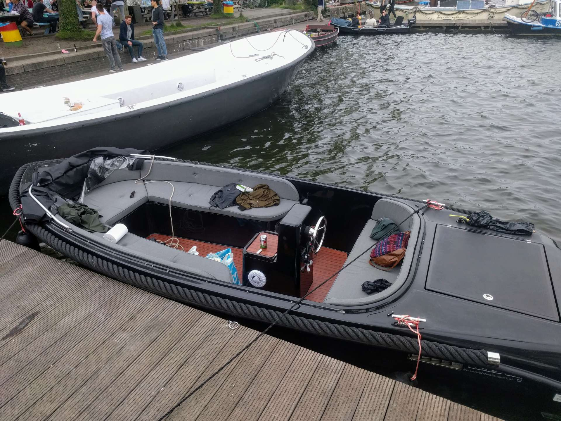 Perfect boat for family, friends and business trip in Amsterdam